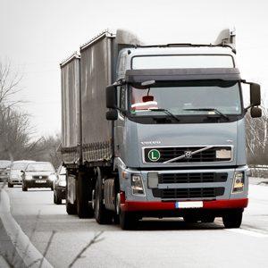 Polski transport samochodowy: zmiany, zmiany, zmiany