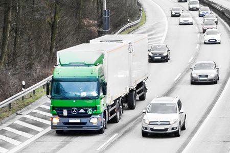 Czy platforma przetargowa może być przydatna w firmie transportowej?