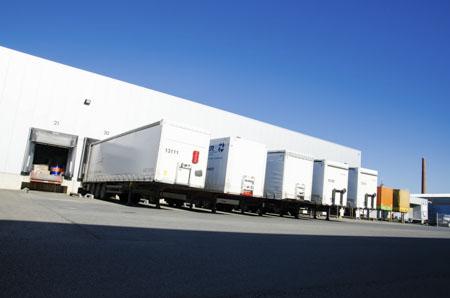 Polska logistyka w liczbach – nowy raport ILiM