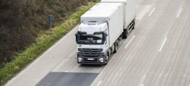 Wybór partnera transportowego – na co zwracają uwagę firmy logistyczne?