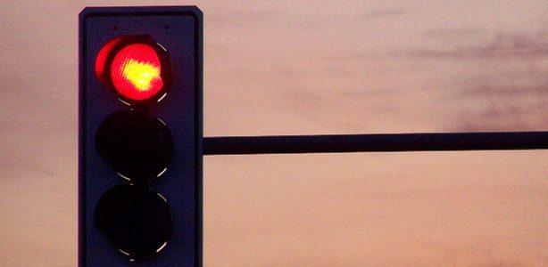 Monitoring przejazdu na czerwonym świetle – spis miejsc