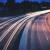Prędkość pojazdów w Polsce – wolniej, ale czy bezpieczniej?